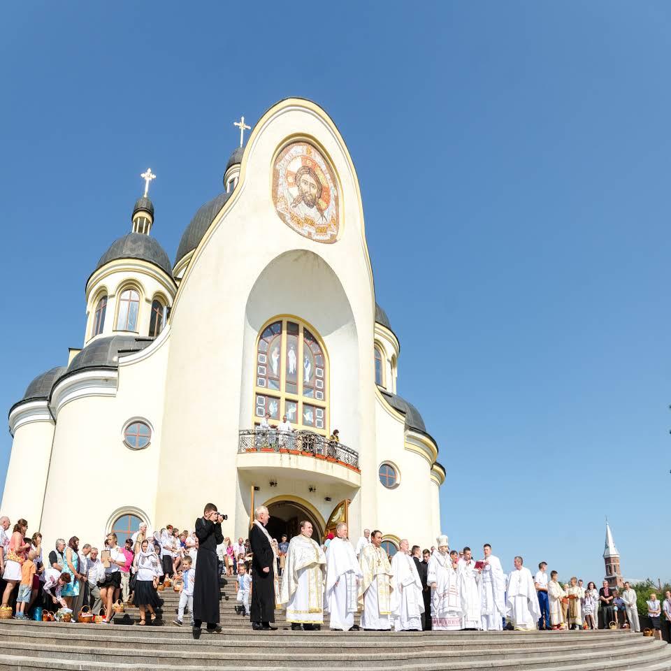 Катедральний собор Преображення Христового у Коломиї на вулиці Театральна 31