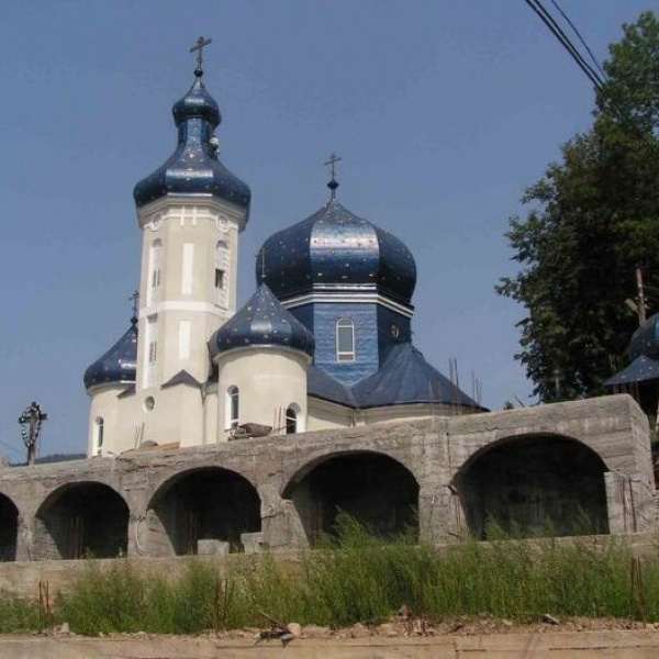 Церква Петра і Павла, Міжгір'я