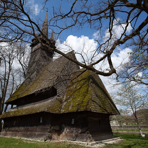 Дерев'яна Свято-Михайлівська церква, Крайниково