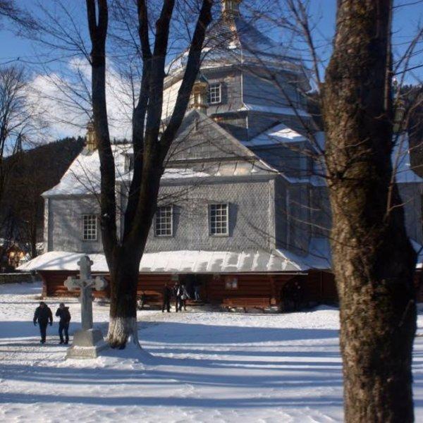 Троїцька церква, Микуличин