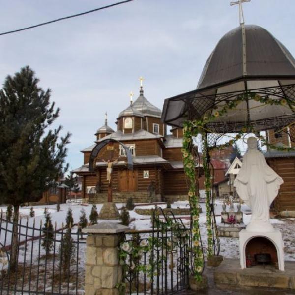 Церква введення в храм Пресвятої Богородиці УГКЦ, Поляниця